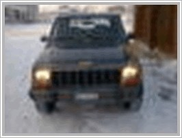 Jeep Cherokee 3.7 AT